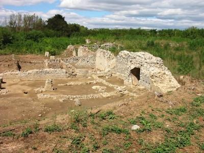 Resti del porto romano di Pagliano