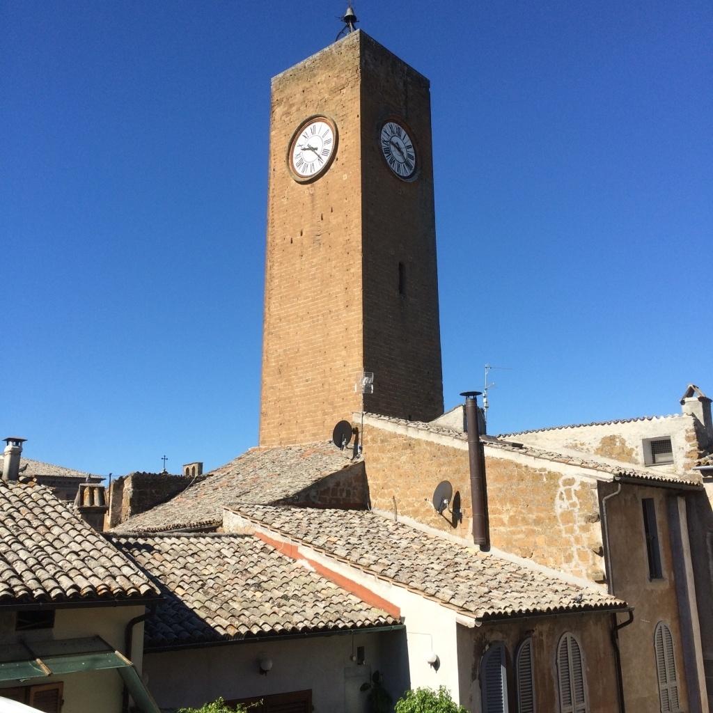 orvieto moro clocktower